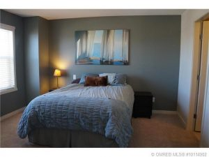 Kelowna-Mortgage-Broker-John-Antle-feature-listing-5453-south-perimeter-way-(3)