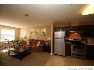 Kelowna-Mortgage-Broker-John-Antle-Featured-listing-1479-Glenmore-main-area