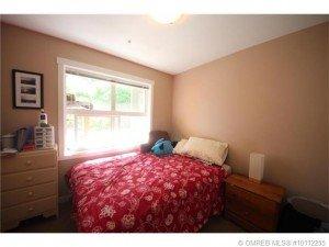 Kelowna-Mortgage-Broker-John-Antle-Featured-listing-1479-Glenmore-second-bedroom