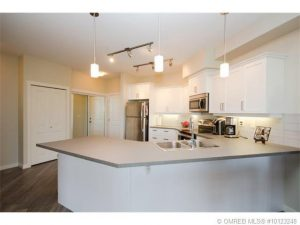 John Antle Mortgages Kelowna Feature Realtor: Jesse East feature listing 2 bdrm condo (kitchen)