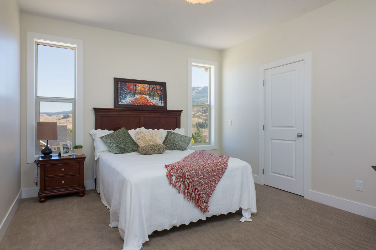 John Antle | Kelowna Mortgage Broker | Feature: QVA Homes Cypress Point Townhomes bedroom