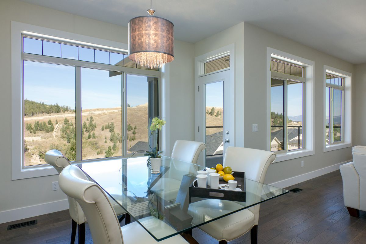 John Antle | Kelowna Mortgage Broker | Feature: QVA Homes Cypress Point Townhomes dining room
