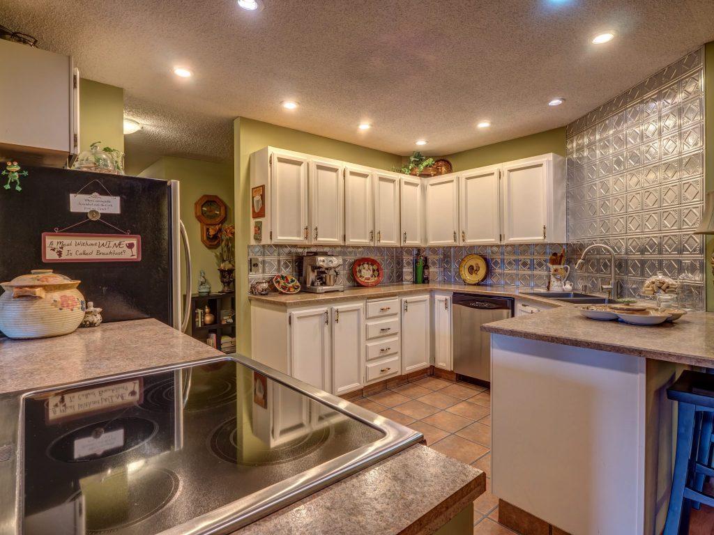 Kelowna Mortgage Broker   John Antle   Feature Realtor Brandon Grass listing 2